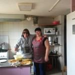 Claudia in der Küche